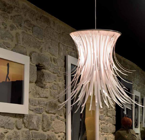 betty designlush 30 Creative and Versatile Pendant Lamps to Embellish your Rooms