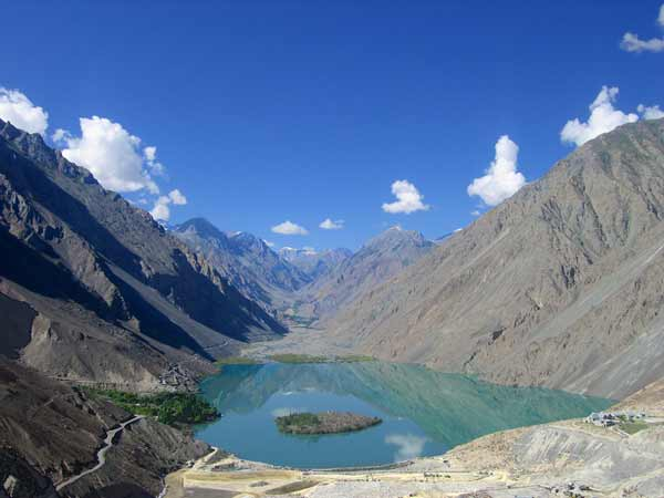 Magnificent Satpara lake in Pakistan