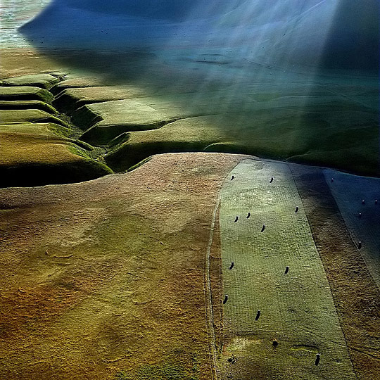 Shafts of light on the plane ..