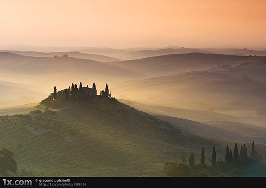 Mists in Tuscany
