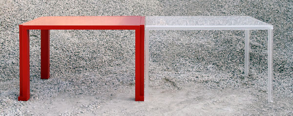 tABLE 3 Versatility shaped by distinct pieces: TAble by Elda Bellone