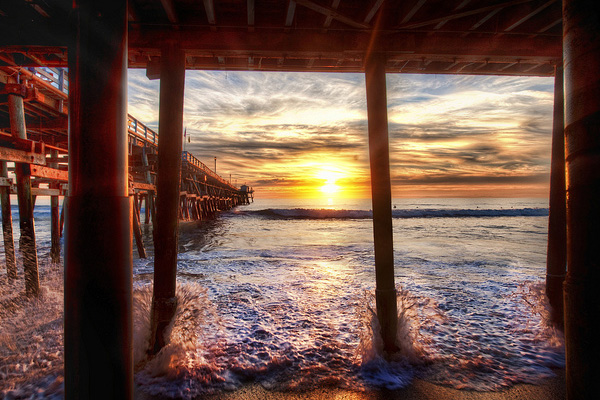 Under the Docks in California 30 Beautiful Examples of Sunrise Photography