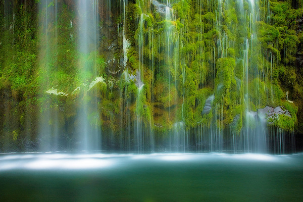 ss mossbrae falls 25 Breathtaking Examples of Nature Photography