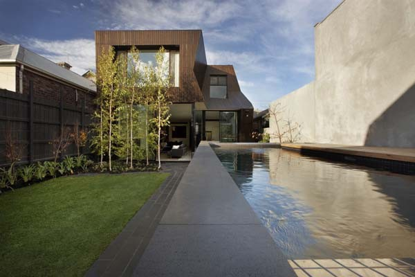 Enclave House 18 38 Of The Most Spectacular Contemporary Pools Presented on Freshome [Part Two]