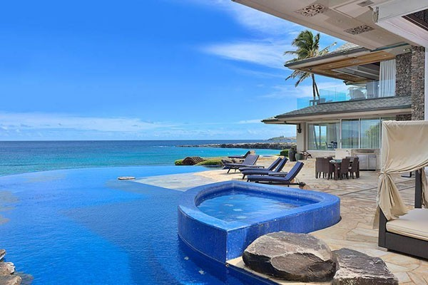 Jewel of Maui 04 38 Of The Most Spectacular Contemporary Pools Presented on Freshome [Part Two]