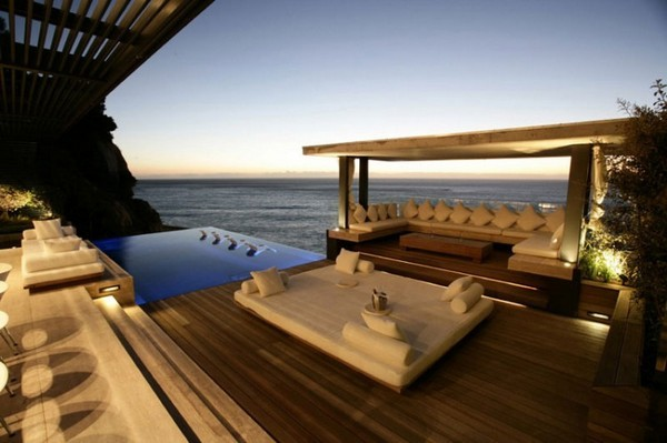 Mwanzoleo Villa 01 750x499 38 Of The Most Spectacular Contemporary Pools Presented on Freshome [Part Two]