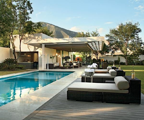 pool party seating 38 Of The Most Spectacular Contemporary Pools Presented on Freshome [Part Two]