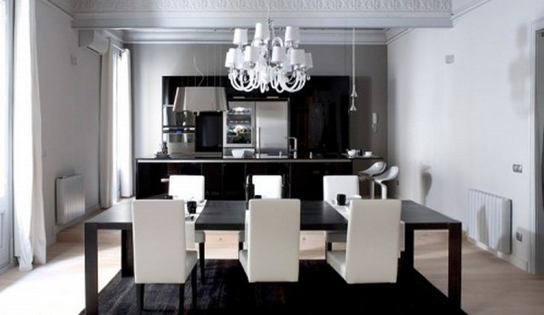 Black And White Apartment Interior Design 500x289  Black & White Inspiration: 35 Contemporary Decors Opening Up A World of Ideas