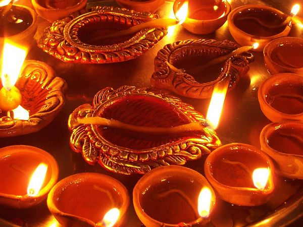 45 Colorful and Cutest Diwali Wallpapers