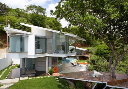 Exquisite Modern Home With Breathtaking Views in Costa Rica