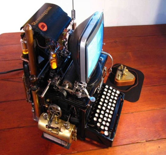 steampunk PC modded off Apple's 1991 Mac