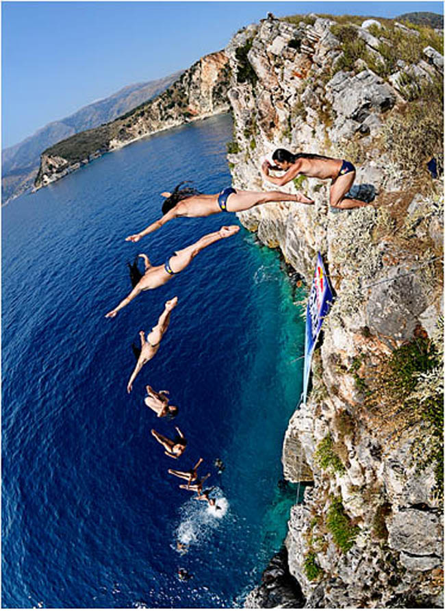 RD 060808 CLIFFSEARCH ALBANIA DUQUE 0372 55 Amazing Examples of Sequence Photography