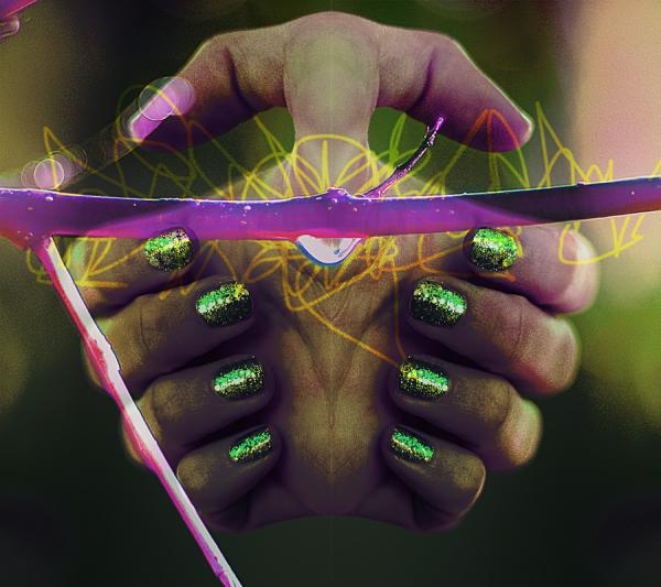 Green Sparking Nails