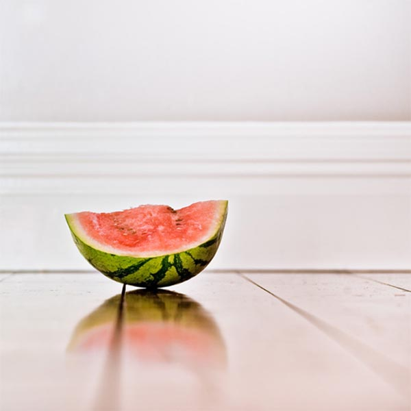 Minimalist Fruit Photography by CubaGallery