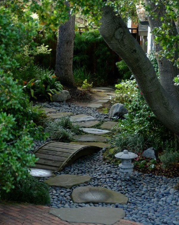 garden path 35 Lovely Pathways for a Well Organized Home and Garden