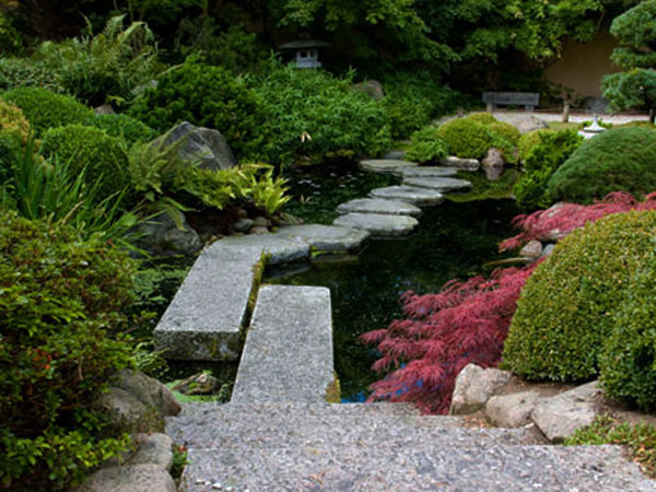 japanese walkway 35 Lovely Pathways for a Well Organized Home and Garden
