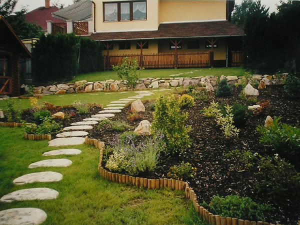 path ideas 35 Lovely Pathways for a Well Organized Home and Garden