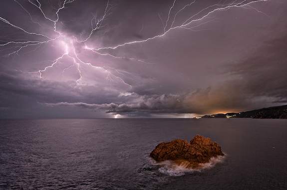 Lightning Photography 15 25 Superb Examples of Lightning Photography