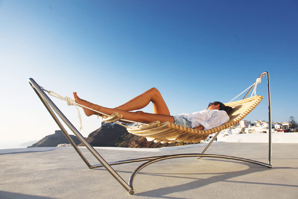Seóra lounge chair 5 Hammock and Chaise Longue Combined: The Luxurious La Seóra