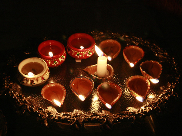 It's Time For Diyas