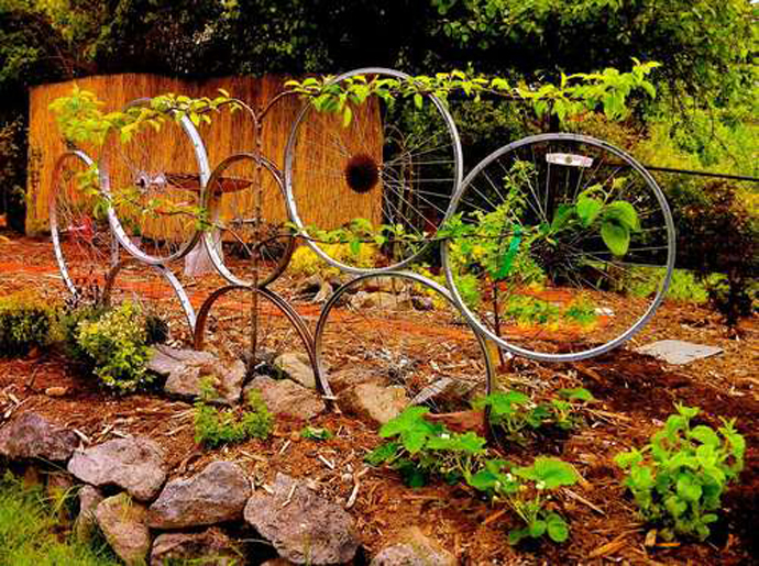 BestDesignTuts-Ideas to Transform Old Bicycles into Master Pieces-Recycle idea for Old bicycle-2