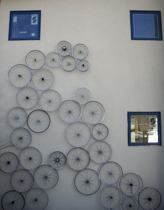 BestDesignTuts-Ideas to Transform Old Bicycles into Master Pieces-Recycle idea for Old bicycle-3