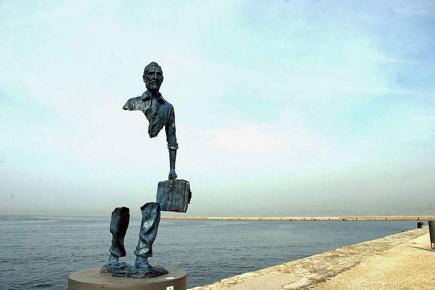 worlds-most-creative-statues-22-1