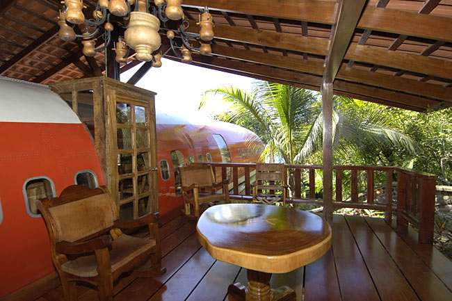boeing 747 treehouse in costa rica2 12 Creative and Innovative Tree House Designs
