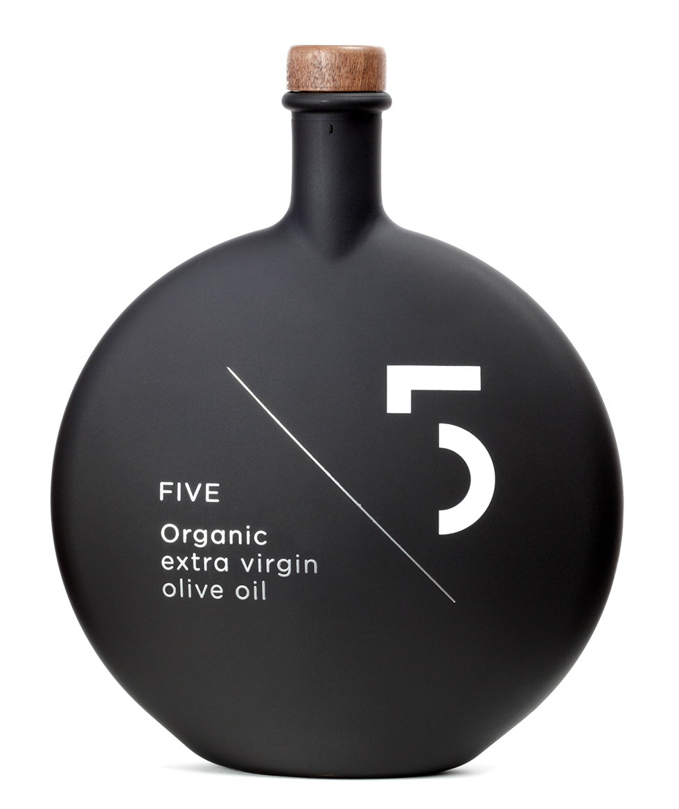 five organicz 011 20+ Beautiful Minimal Packaging Designs