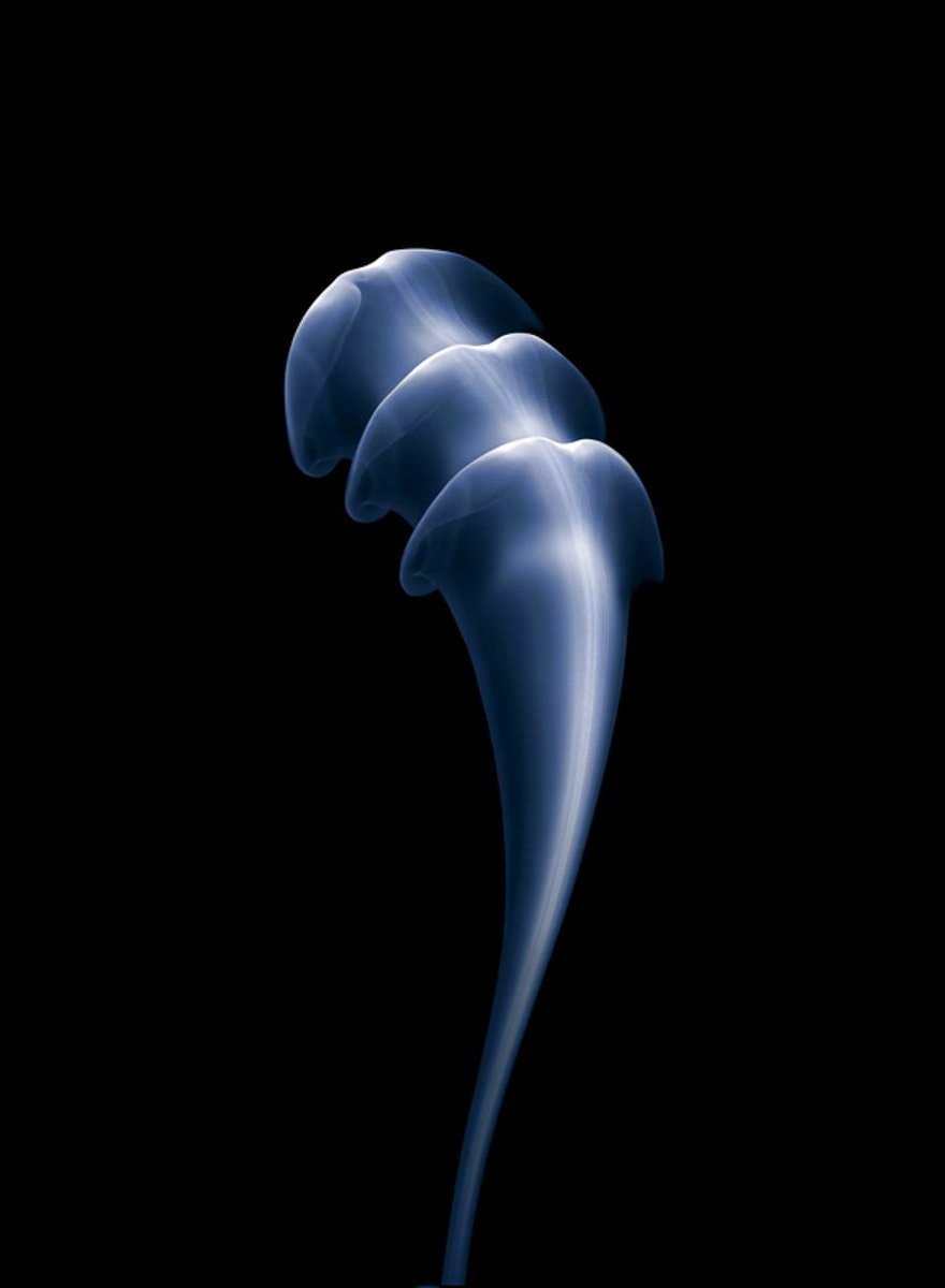 smoke-shapes-photography-thomas-herbrich-02