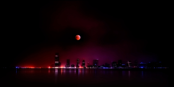 The 2010 winter Solstice Lunar Eclipse Over jersey city