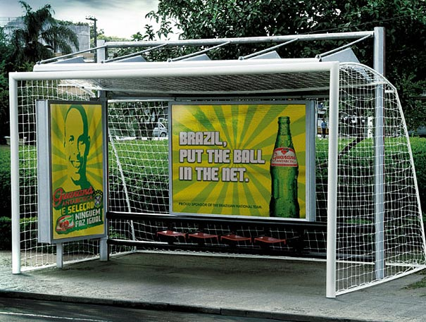 guarana antarctica net 20+ Examples of Clever Bus Stop Advertising