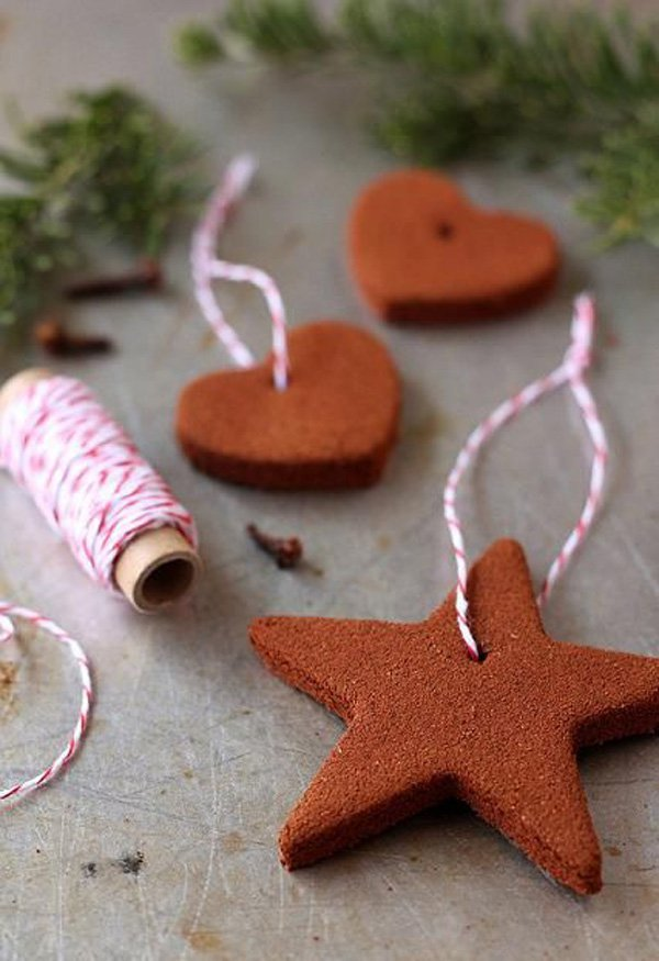 These Homemade Cinnamon Ornaments will make your Christmas tree