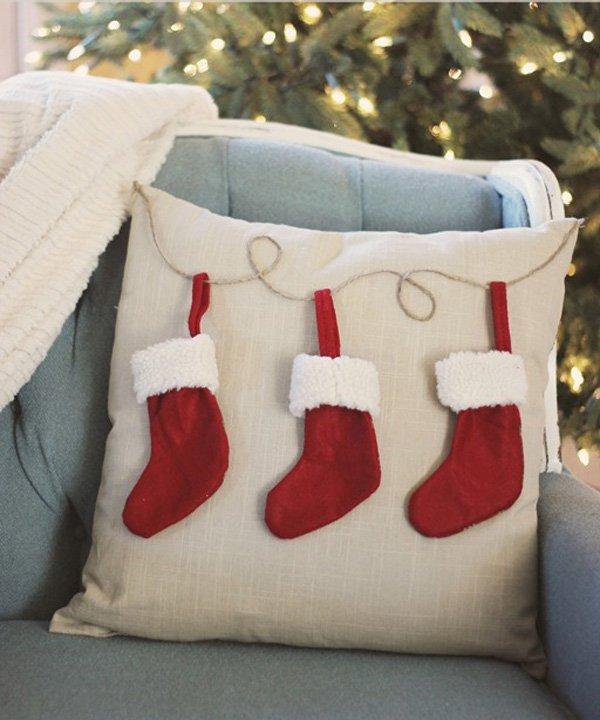 christmas-stocking-pillow