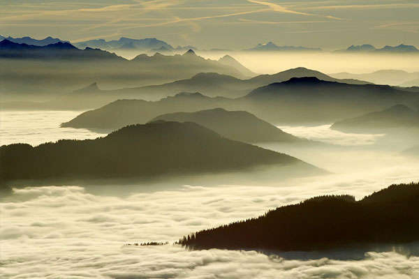 Fog in Valleys